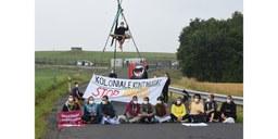 Aktivist*innen blockieren Fliegerhorst Büchel