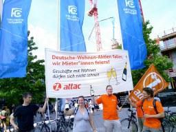 Protest bei Hauptversammlung der Deutschen Wohnen in Frankfurt